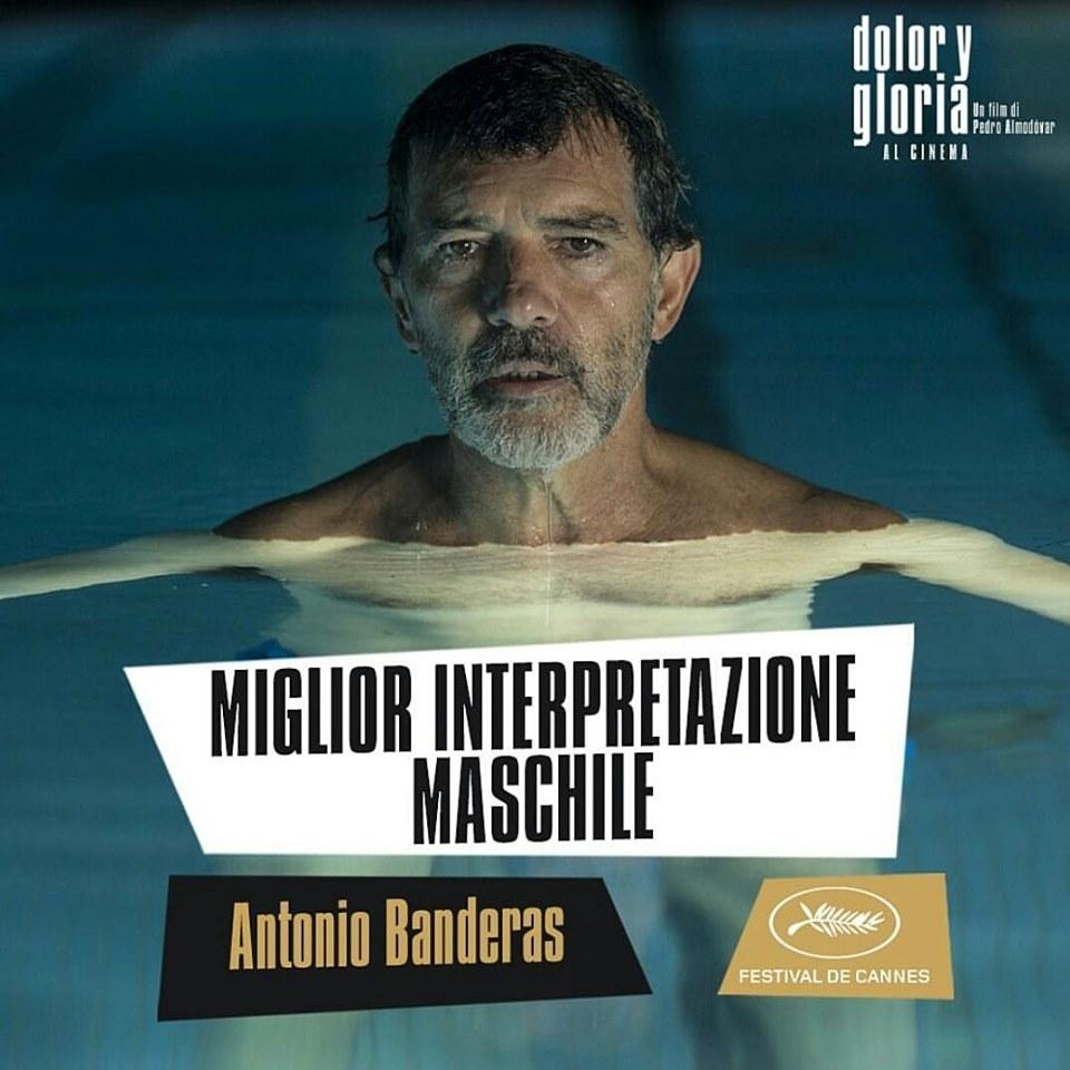 Antonio Banderas trionfa come il #migliorattore per Dolor y Gloria di Pedro Almodóvar. 🙌